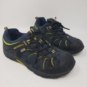Merrell Youth blue hiking shoes size 5 blue